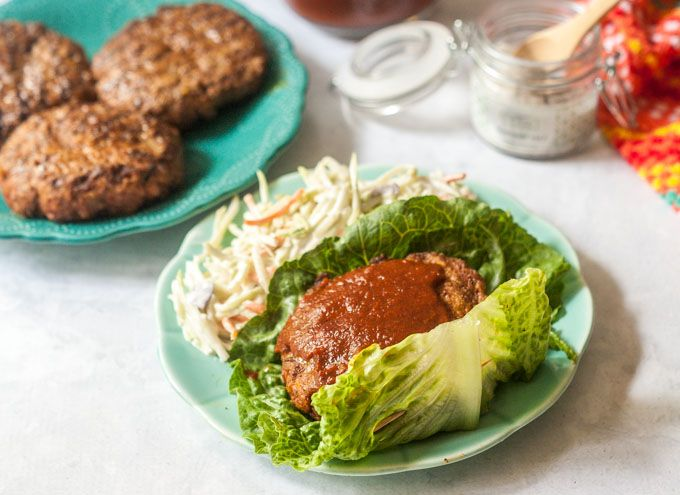 Barbecue Rib Burgers with Low Carb Sauce #SundaySupper - #burgers #bbq #barbecue #grilling #ribs #lowcarb  http:// buff.ly/2qw9tjU  &nbsp;  <br>http://pic.twitter.com/8k6cccrhKw