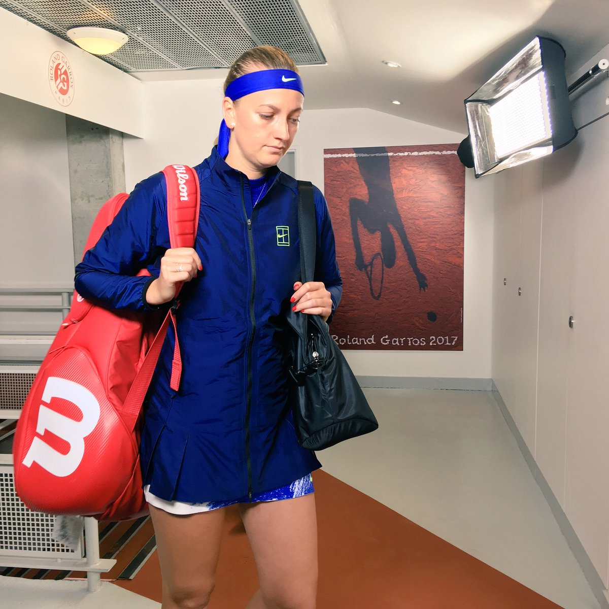 Welcome back to tennis @Petra_Kvitova!   What an amazing moment. #RG17...