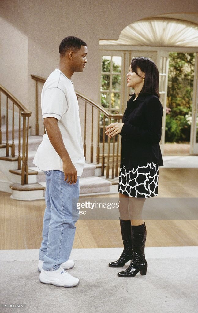 huge discount 10861 99426 Will Smith says goodbye to Aunt Vic and cousins Nicky and Hillary on  The Fresh  Prince  in some original Columbia Blue 11s.pic.twitter.com bghaAeSOTZ
