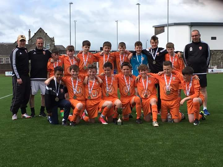 Congratulations to Coerver® Partner Club Glenrothes Athletic 2004 who won their Development challenge Cup today #neverfollow <br>http://pic.twitter.com/v9Uz07D94z