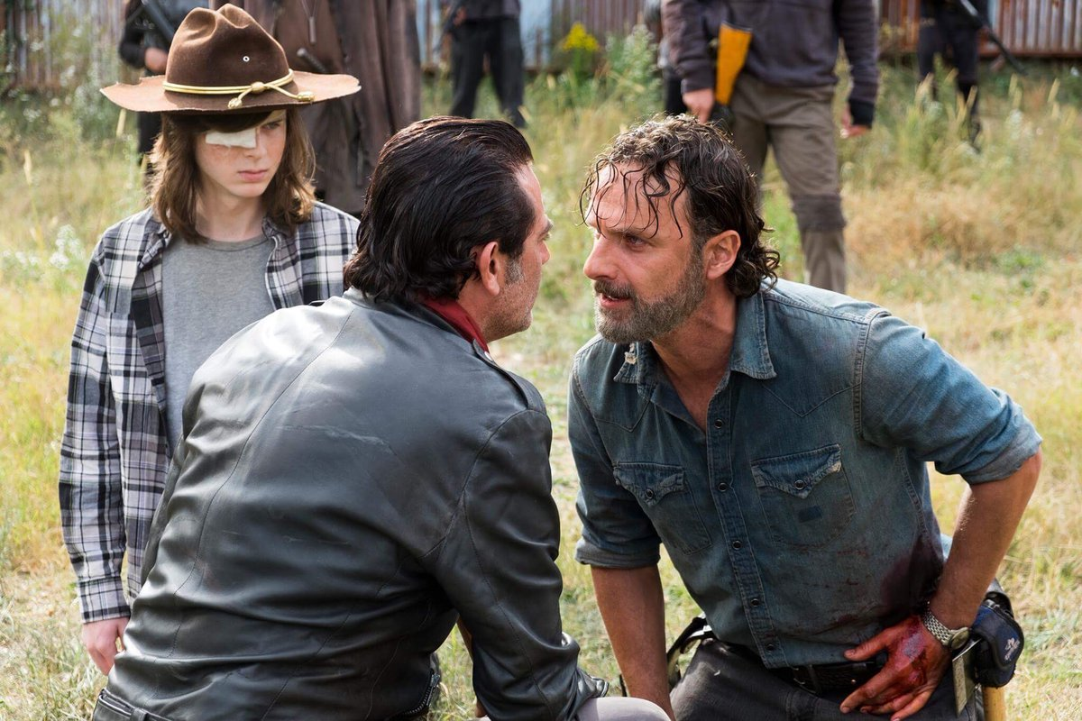 20 More Sundays to S8 #TWDDay #TWDfamily !Who will win All Out War? #TheWalkingDead ~ #AndrewLincoln #JeffreyDeanMorgan #ChandlerRiggs<br>http://pic.twitter.com/mHsm2jvlTS