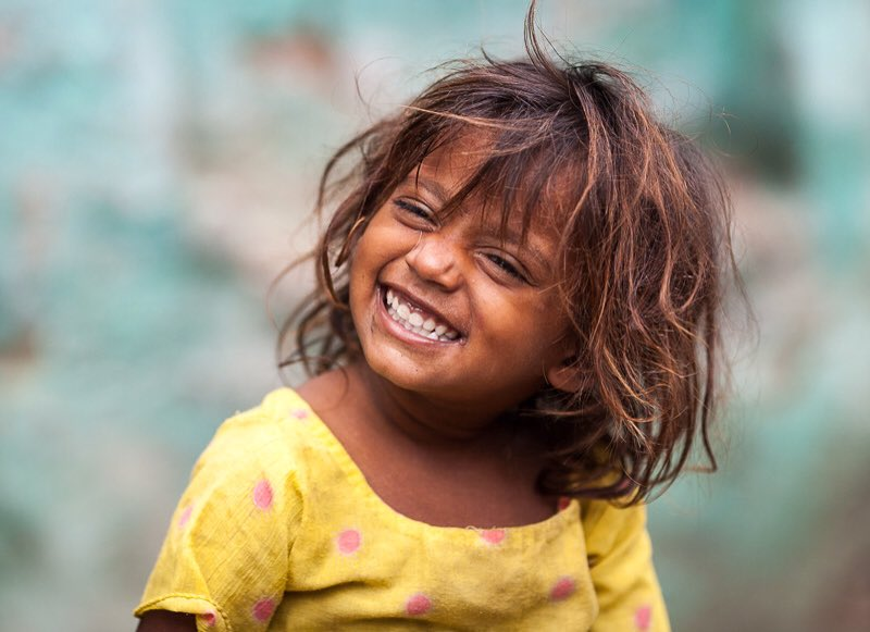Just one smile immensely increases the beauty of the universe.-Sri Chinmoy    RT @ramblingsloa #Smile #ThinkBIGSundayWithMarsha<br>http://pic.twitter.com/JHJYwaZjRY