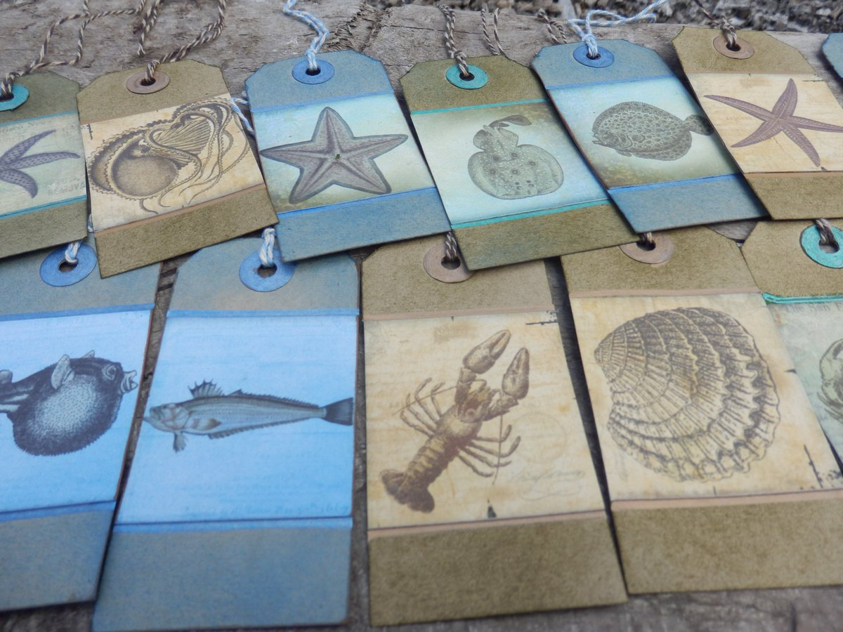 Gorgeous #handmade #gift tags for the perfect #nautical / #SeaSide #weddings @  http://www. etsy.com/uk/shop/Pearly pantscrafts &nbsp; …  #CraftHour #HandmadeHour #wedding<br>http://pic.twitter.com/0Nsir8Zyw7
