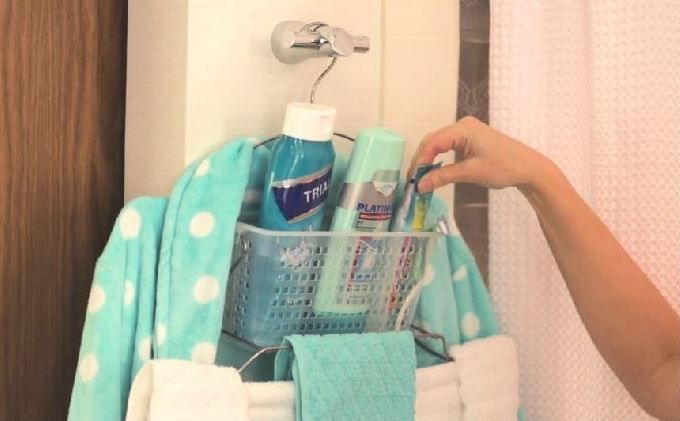 Make sharing the bathroom easier with the great new innovation - Caddy Go Tote!  http:// buff.ly/2saieBt  &nbsp;   #bathroom #living #accessories<br>http://pic.twitter.com/atLtdqnptz
