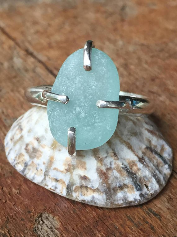 Happy #bankholiday #weekend #crafthour #onlinecraft #craftbuzz #womaninbiz  http:// etsy.me/2ruPpDE  &nbsp;   via @Etsy #seaglass #rings #gift #beach<br>http://pic.twitter.com/18WR1ZM4i1