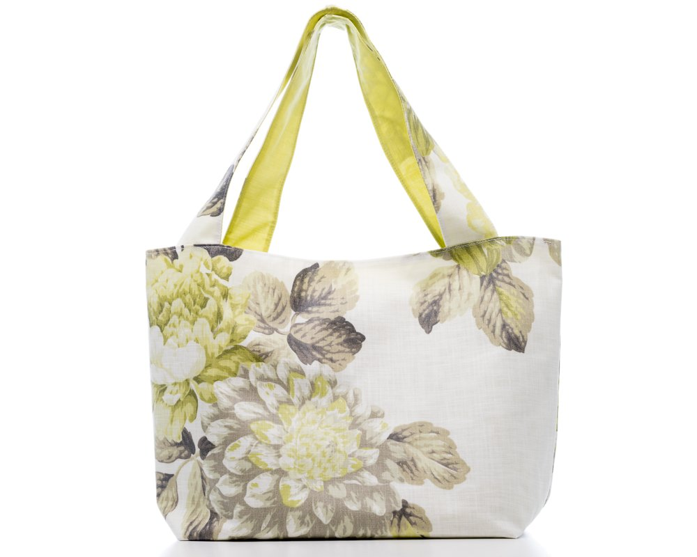 Fancy a #bag for the #weekend  http:// etsy.me/2rLBp86  &nbsp;   #CraftHour #shopping #gift #HandmadeHour #EtsySeller #floral #fashion #womeninbiz<br>http://pic.twitter.com/azVF9cYSYC