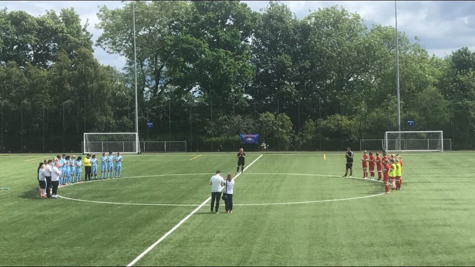 Both teams doing a minutes celebration for our coaches father who sadly passed away during the week. #respect #swf #football <br>http://pic.twitter.com/iPeFBFPqN4