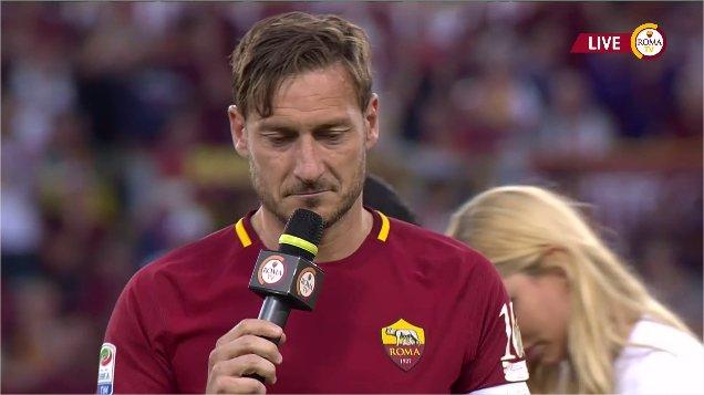 #TottiDay 'Purtroppo è arrivato il momento che speravo non arrivasse mai. Ho pianto come un matto tutti i giorni' https://t.co/d7Rd551AmG