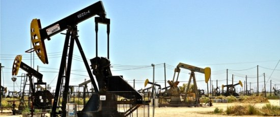 US drillers add more rigs as OPEC extends deal  http:// bit.ly/2rrQvjp  &nbsp;   @OilandEnergy #oilandgas #commodities #energy #resources #oilprice<br>http://pic.twitter.com/Ff7zQMYVkA