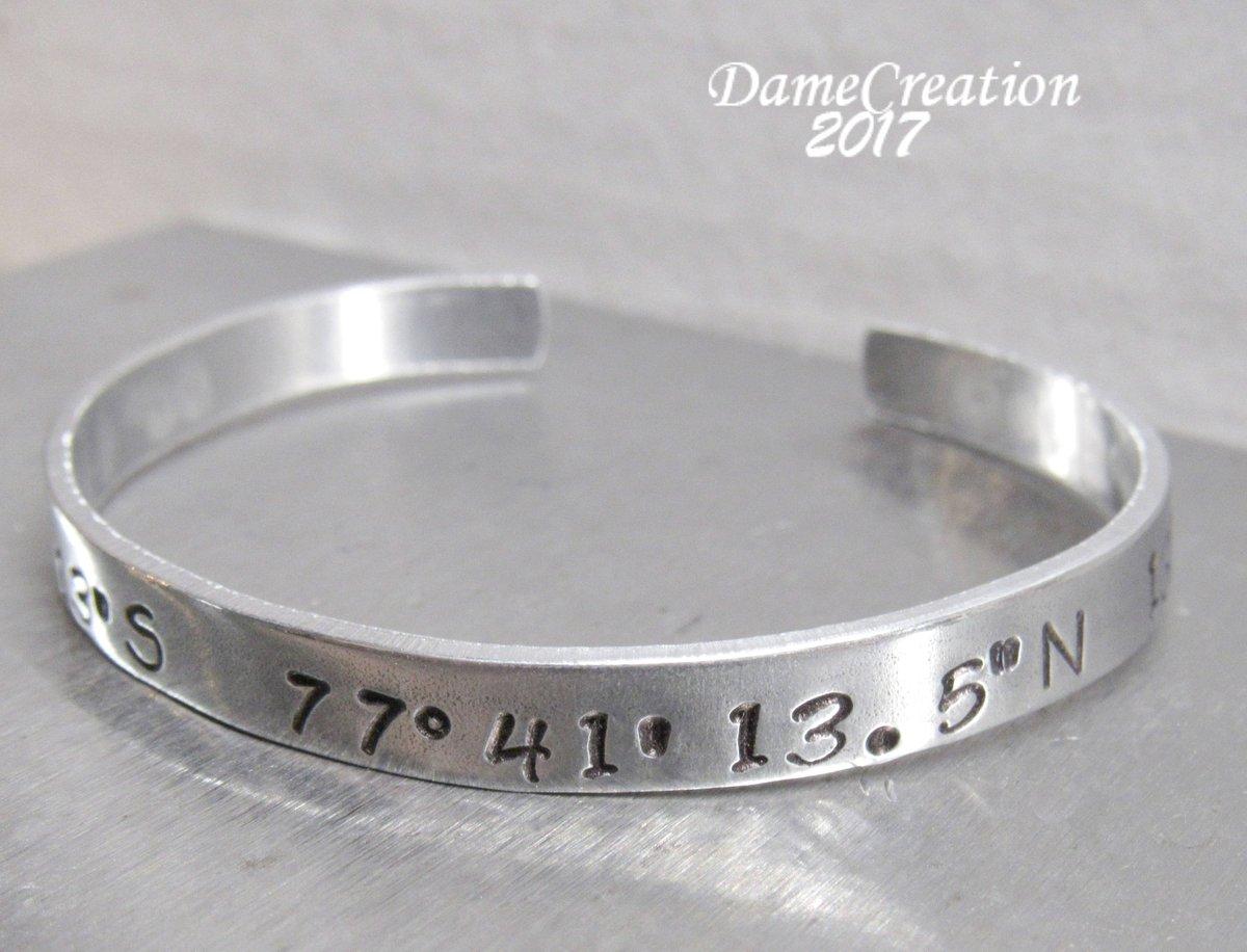 Custom Coordinate Bracelet - Longitude and Latitude Bracelet - L…  http:// tuppu.net/17b08695  &nbsp;   #etsychaching #GpsBracelet<br>http://pic.twitter.com/0QAweuYfZB