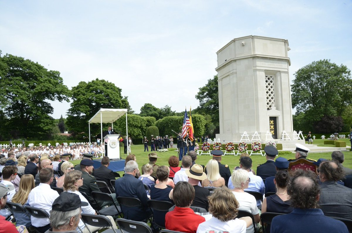 #MemorialDay ceremony at #FlandersField American Cemetery, where 368 American soldiers rest. #HonorThem #WWI https://t.co/LjVmPoHdvV