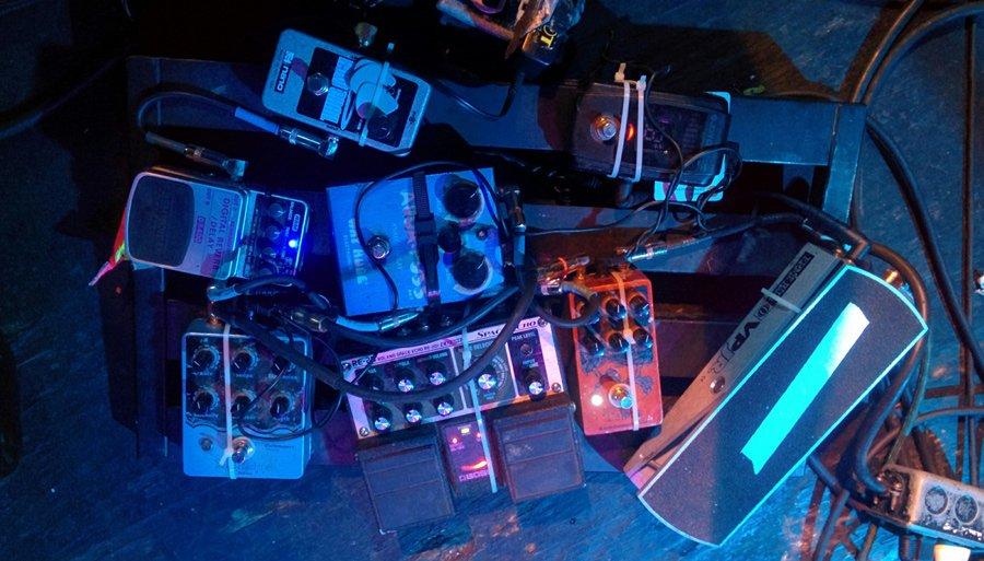 Pedalboards for the band DIIV #pedalboard https://t.co/BzeOQ0zFm1 #geartalk https://t.co/MPqLnkQHKi
