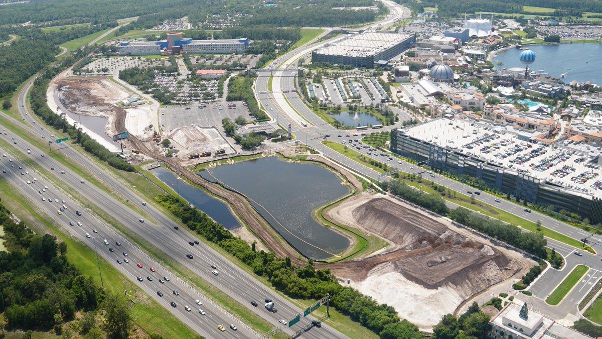 Disney Springs [Walt Disney World Resort] - Page 16 DA8GgQ1XUAACXJ5