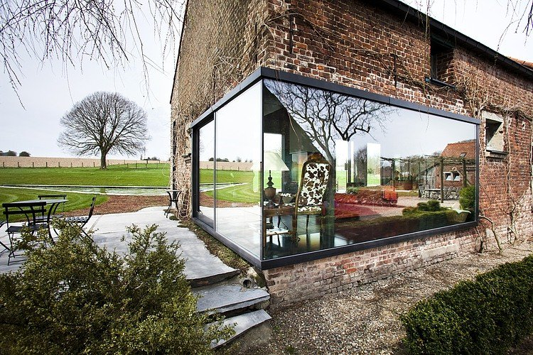 Farmhouse Lennik by Studio Farris |  http://www. homeadore.com/2013/11/04/far mhouse-lennik-studio-farris/ &nbsp; …  Please RT #architecture #interiordesign <br>http://pic.twitter.com/sXQIkusA7v