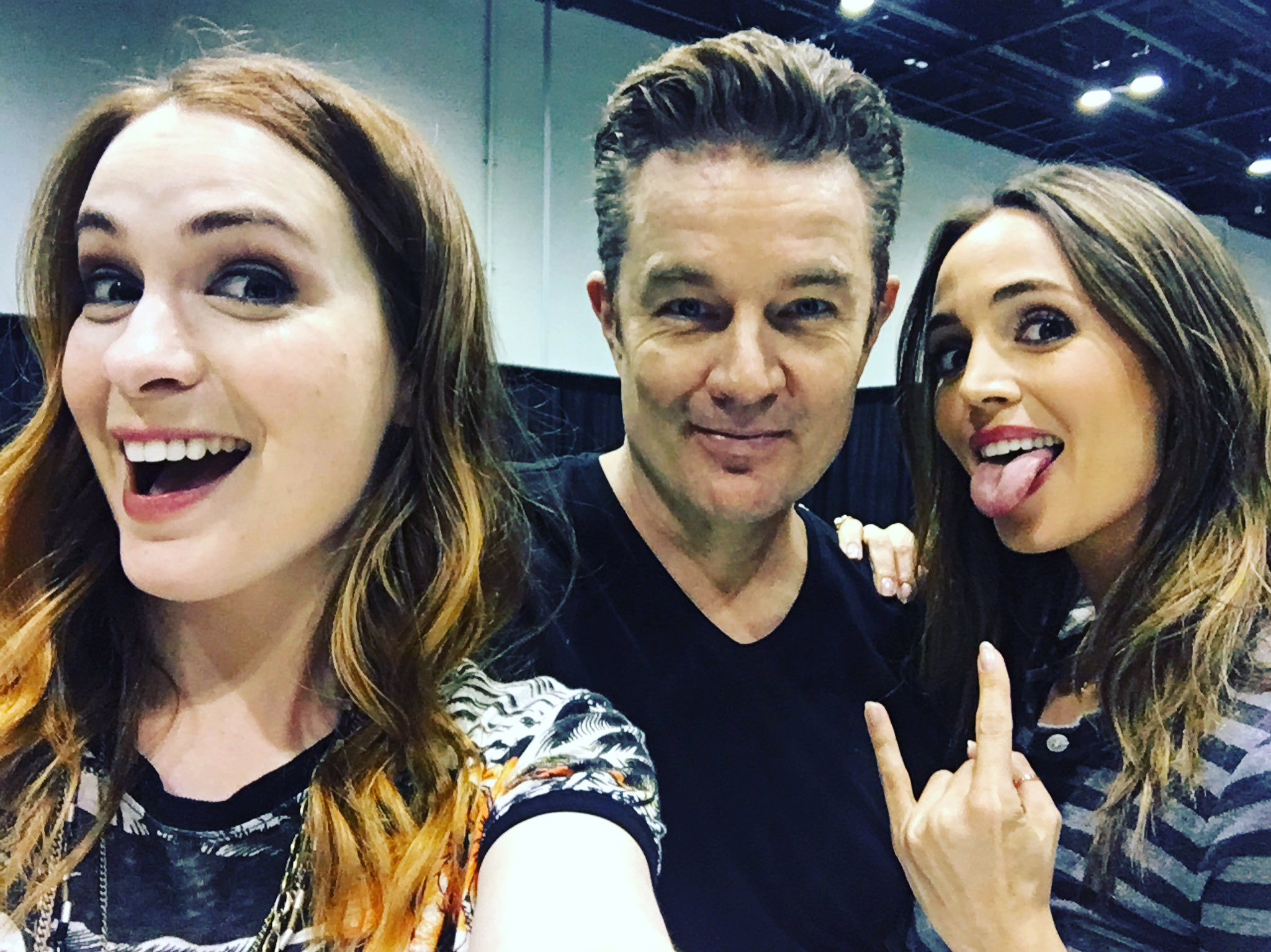 Buffy reunion at MegaCon to close out the weekend! @elizadushku @JamesMarstersOf https://t.co/BFkpBJfaY8