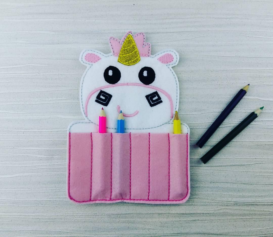 BRAND NEW #Unicorn Crayon Holder  https://www. etsy.com/uk/listing/519 744252/unicorn-crayon-holder-toddler-gift?ref=shop_home_active_1 &nbsp; …  #forsale #OnlineBusiness #smallbiz #UKSmallBiz #Gifts #Cute #Travel #ToddlerLife<br>http://pic.twitter.com/KDYpwnGLyU