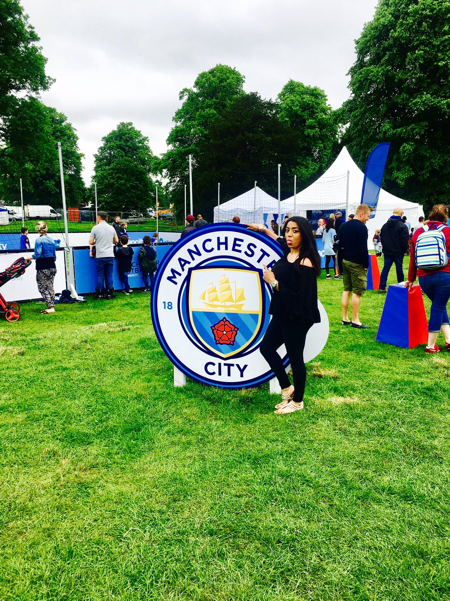 Whats your team @ManCity @geronimofest_uk come join for a game of #fiveaside #geronimofestival  #ManchesterCity #football <br>http://pic.twitter.com/fUeQYAH9Jf