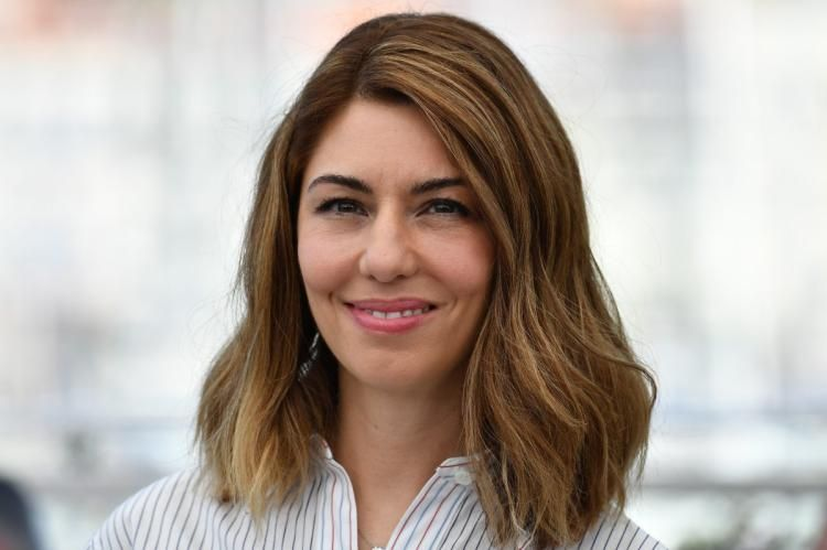 Sofia Coppola becomes the second woman in history to score #Cannes Best Director prize  http:// nydn.us/2qsCZbf  &nbsp;  <br>http://pic.twitter.com/pL73nmHxz4