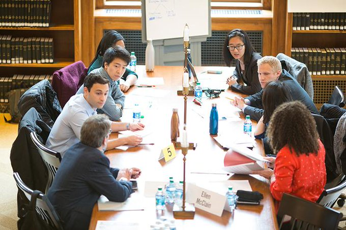 Boardroom, a new capstone course for first-year MBAs, also reunited @HBSAlumni   on campus: https://t.co/uF5S9W7ZoB