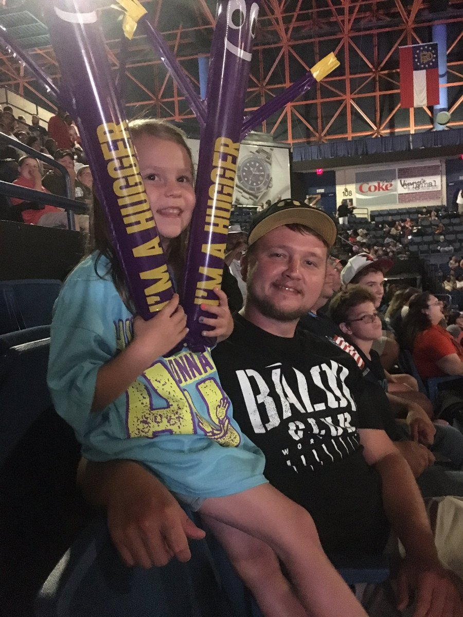 RT itsBayleyWWE &quot;RT LaurennKlaus: Can you guess who this little hugger is here to see? itsBayleyWWE #WWEAugusta #H… <br>http://pic.twitter.com/Fj6Kku9mCK&quot;