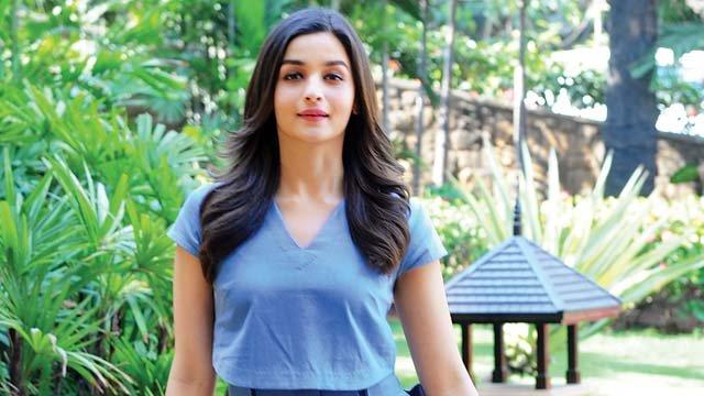 #AliaBhatt to produce films now?  http:// dnai.in/eAtc  &nbsp;  <br>http://pic.twitter.com/ze2z4GnOMG