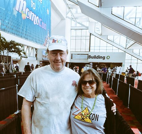 My parents&#39; first #con they loved #momocon2017!! Thanks for rocking @zombieconmovie and Big Squid for us proud child <br>http://pic.twitter.com/ijt9PM4kFo
