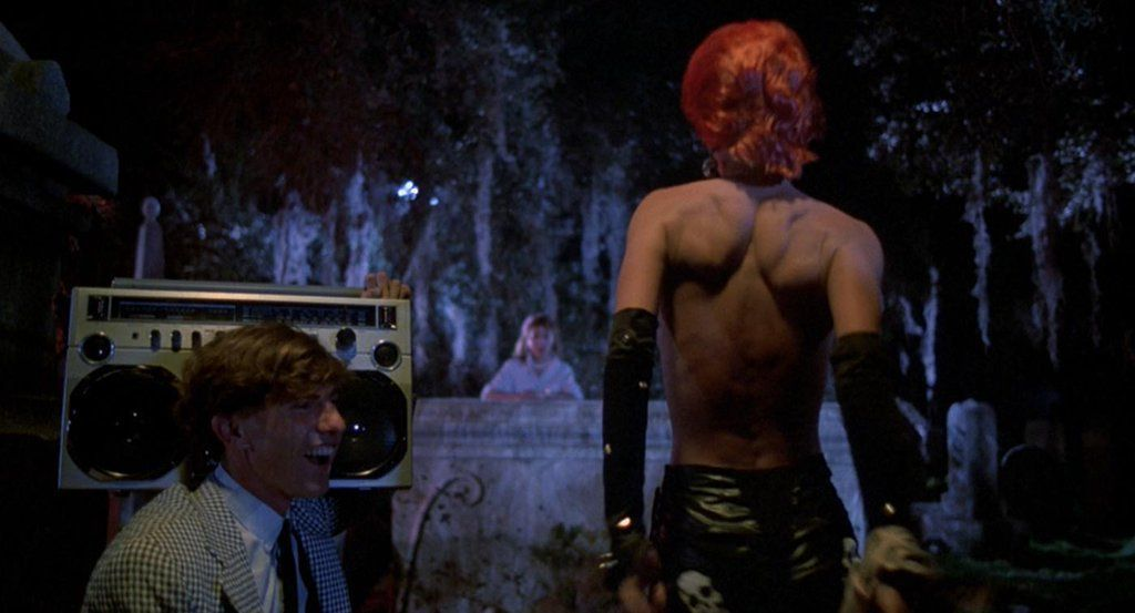 "One Perfect Shot on Twitter: ""THE RETURN OF THE LIVING DEAD (1985 ..."