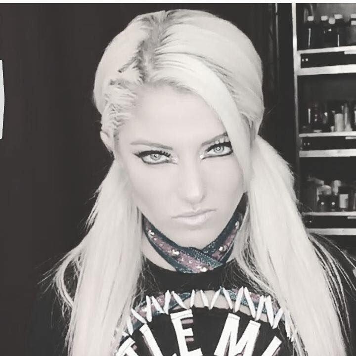 AlexaBliss_WWE photo