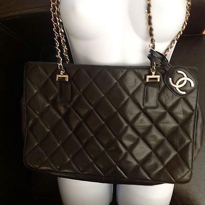 #chanel #handbag #whatiwantmost AUTHENTIC LG Vintage CHANEL Chain Shoulder Bag…  http:// dlvr.it/PGKZXR  &nbsp;   #forsale #fashion #blackisbeautiful<br>http://pic.twitter.com/oUf5LVGEyr