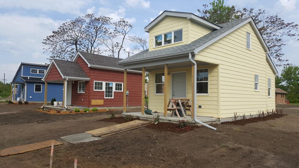 Mike Campbell On Twitter Tiny Houses Detroit 25 Homes 250 400 Sq