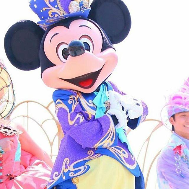 Hello Mickey  #disneyland #disneyworld #disney #minnie #paris #mickey #love #children #enfant #mercredi…  http:// dlvr.it/P9KcKZ  &nbsp;  <br>http://pic.twitter.com/TntBI0nH82