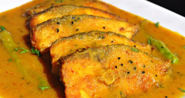 Cooking Tips for popular Bengali Fish Curry ilish Jhaal and Jhol