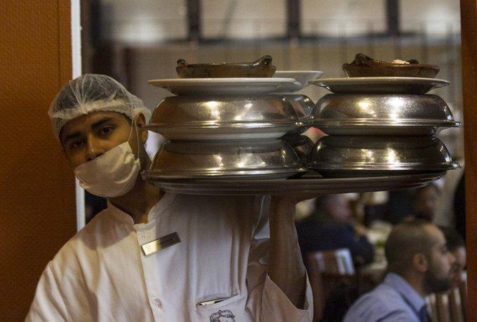 México perfila salario mínimo de $94 este año