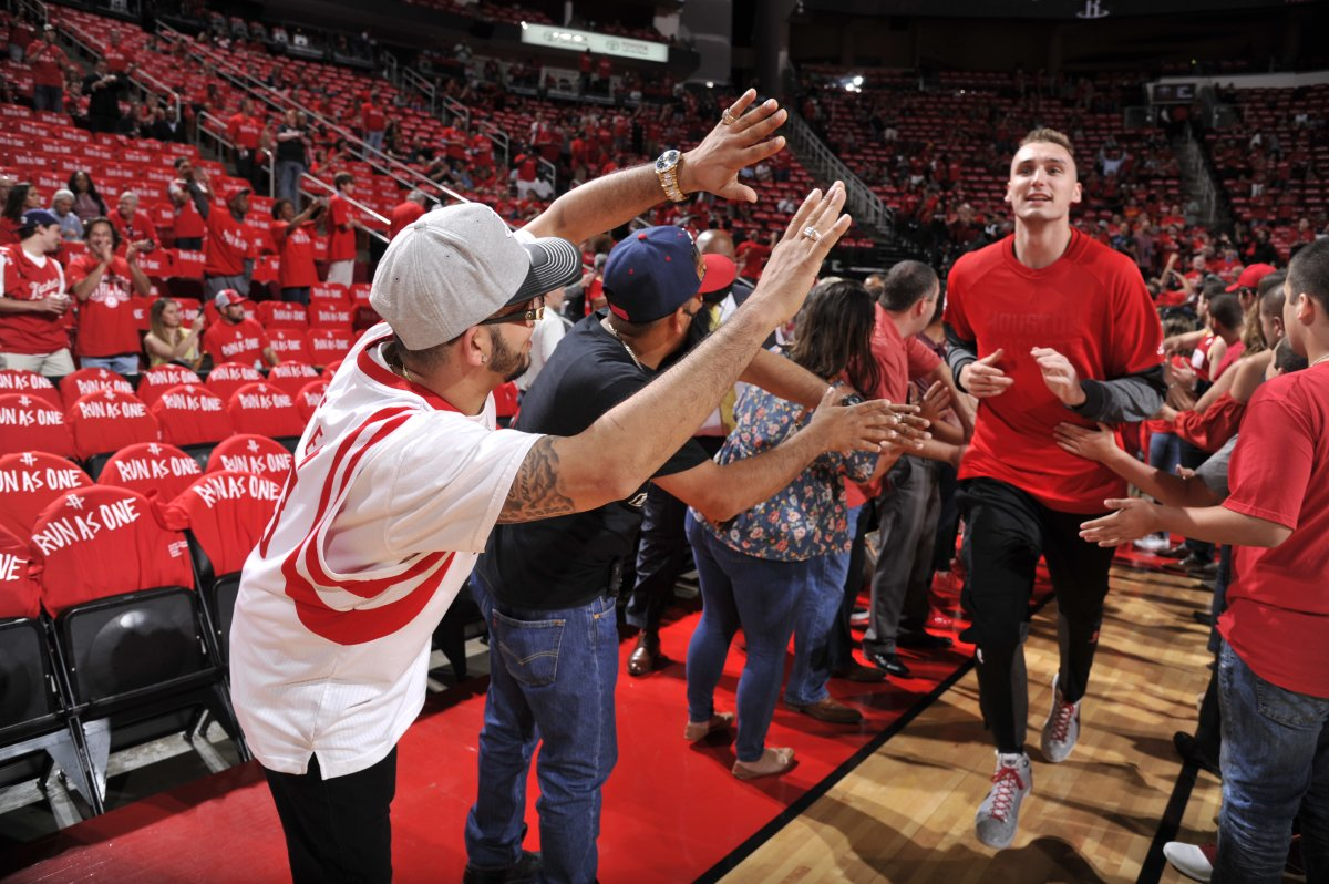 The Rockets & @BBVACompass are bringing you Bright Experiences like access to pregame high-five lines. Details: rockets.com/bbva-bright