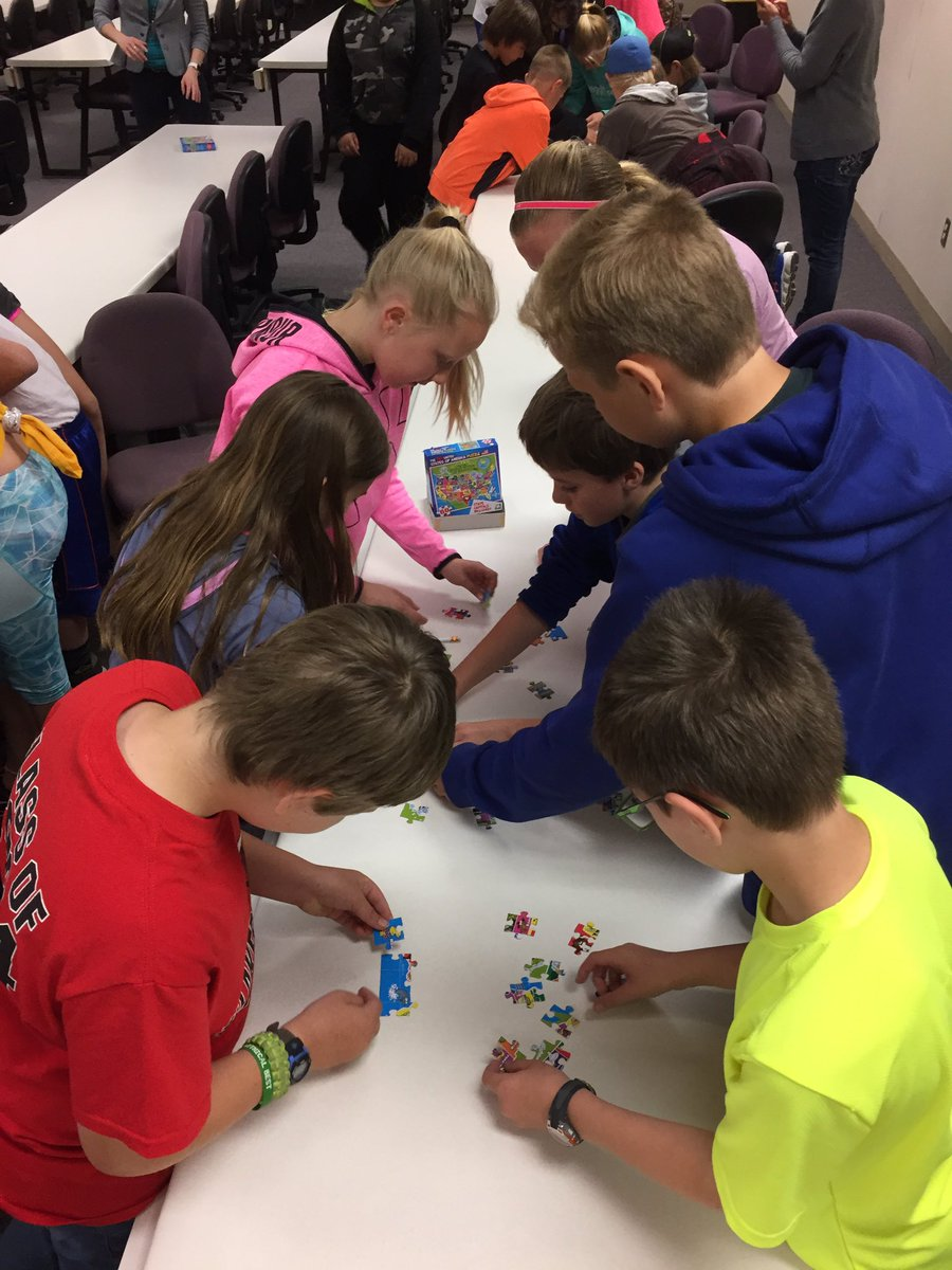 Who doesn&#39;t love a puzzle! Stop #2 on our career tour @MState_DL @MStateCollege Thanks! #DLSchools #futurestudents <br>http://pic.twitter.com/iYGqHuU4yD