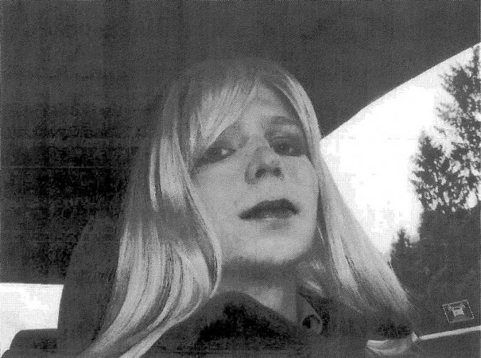 Finally @xychelsea is free; it's a  good day to remember that trans inmates remain at risk #IDAHOT #ChelseaManning https://t.co/xpaannyGHm https://t.co/ko8LOLIh4z