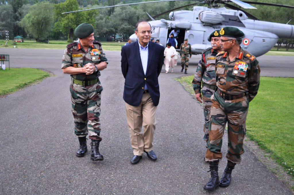 J&K: Defence Minister Jaitley reviewed security situation in Valley, apprised of measures to strengthen counter infiltration grid along LoC