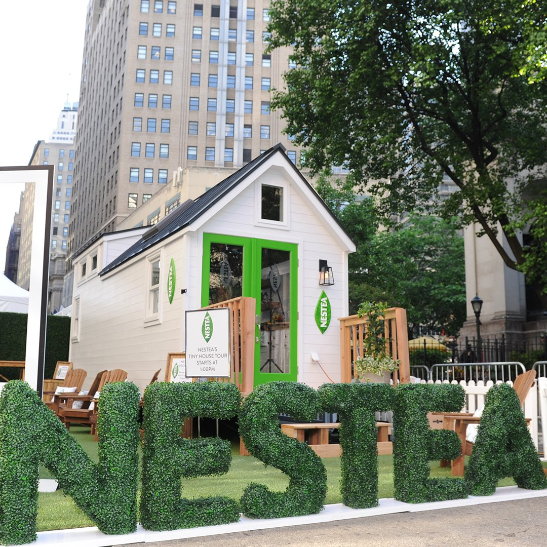 We're thrilled to have had so many visits today to our Tiny House, where Less is More. Try the #NewNESTEA today! https://t.co/v4JfJPeO7s
