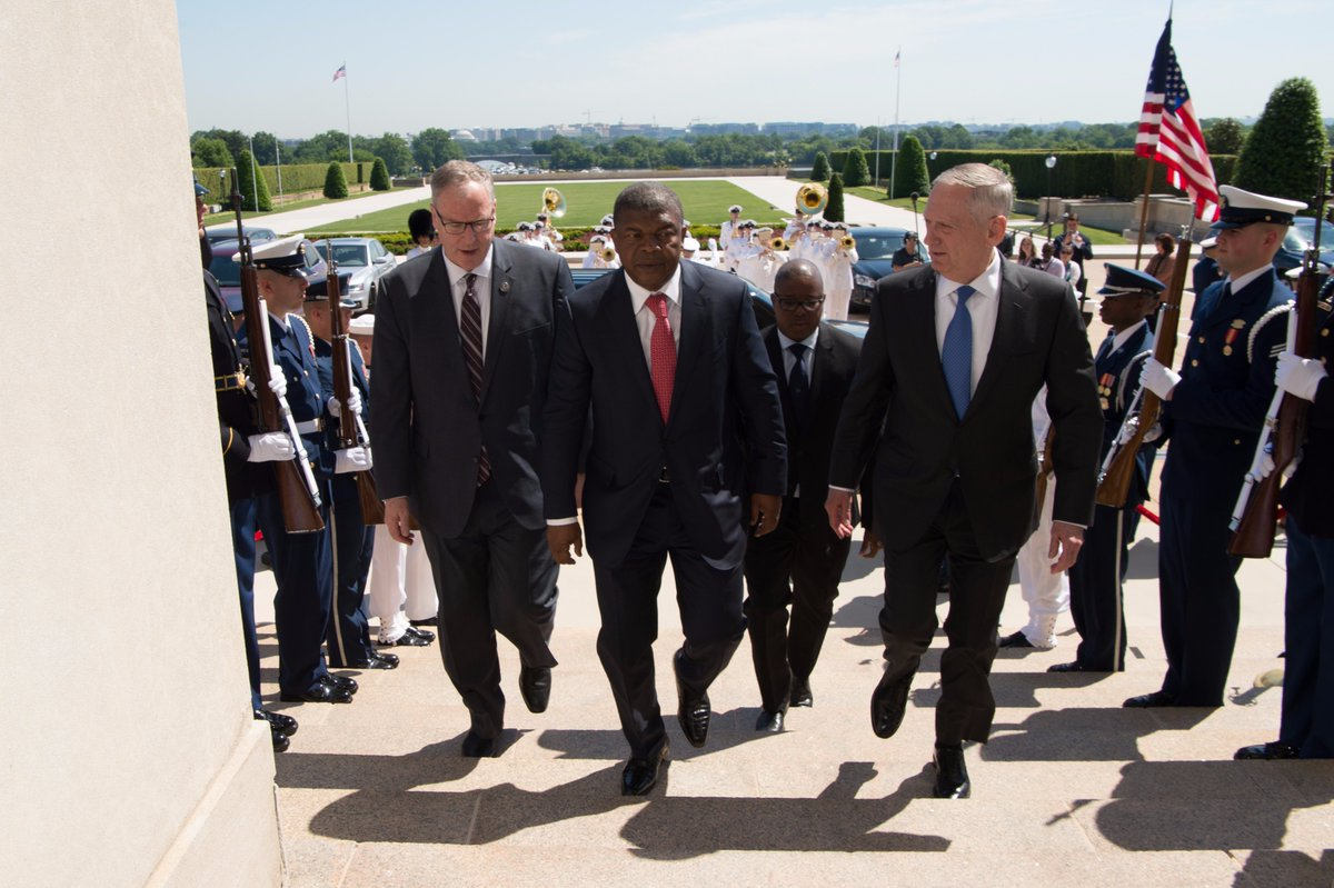 #SecDef Mattis met with #Angola's Minister of Defence Joao Lourenco today at the #Pentagon.<br>http://pic.twitter.com/lY0AYJLBvO