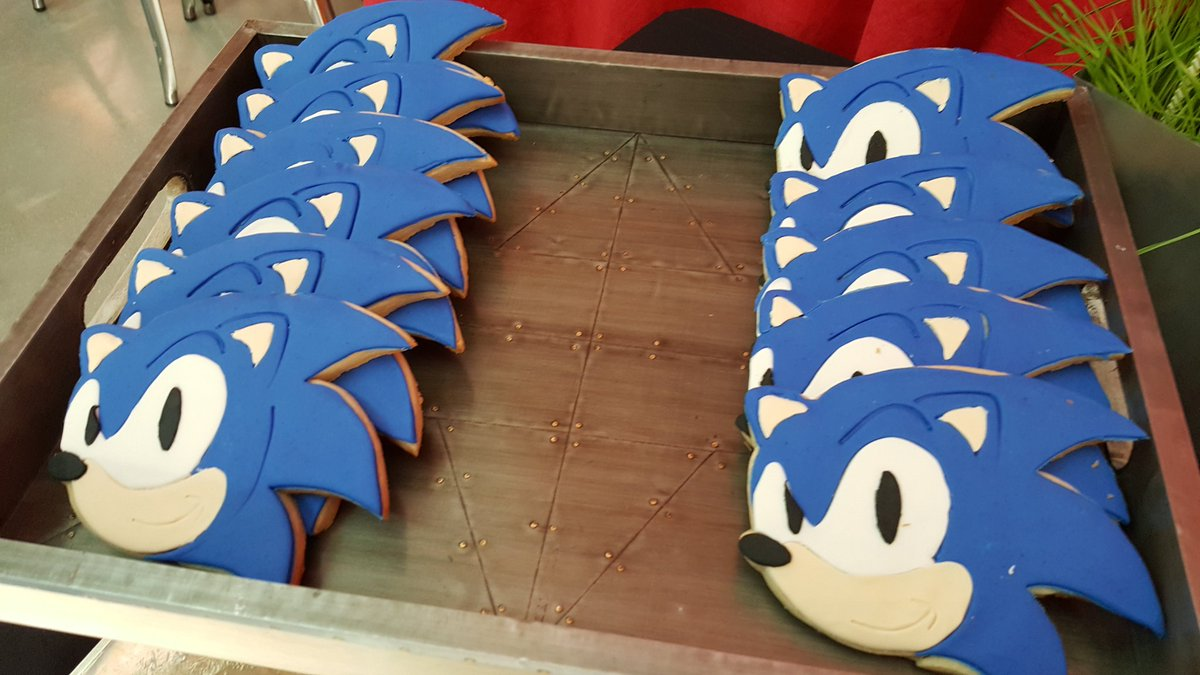Aaron Webber On Twitter Sonic Cookies And Cake Pops For An Event Today