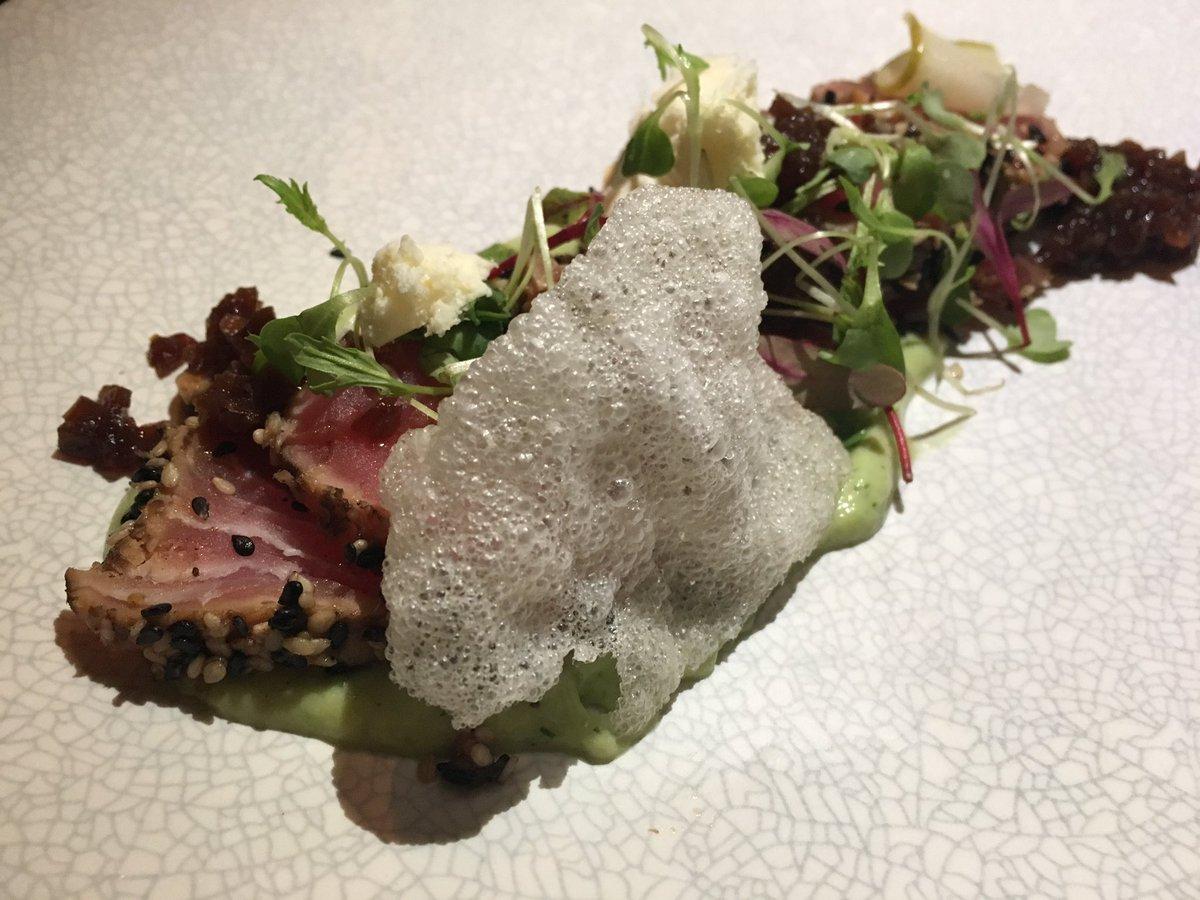 My perfect seared tuna starter tonight!!! #LaurasWorldXBRC  🤗 @ZomatoSA @BRdCollection https://t.co/jOftvbi7Ky