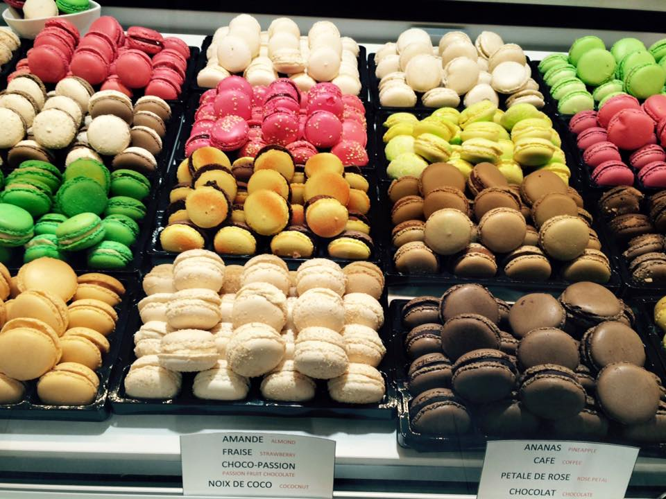 In journey in #Champagne, taste our #ices, #Chocolates and #macaroons, everything is home-made! #Ay-#Champagne #Epernay #Reims #France #Wine<br>http://pic.twitter.com/C2H9PqTZcP