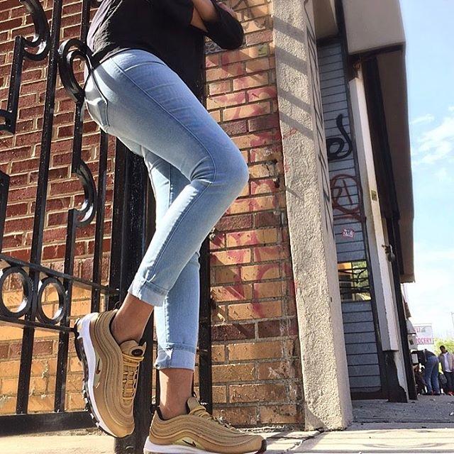 Sneaker Corner (@Sneaker_Corner) | Twitter