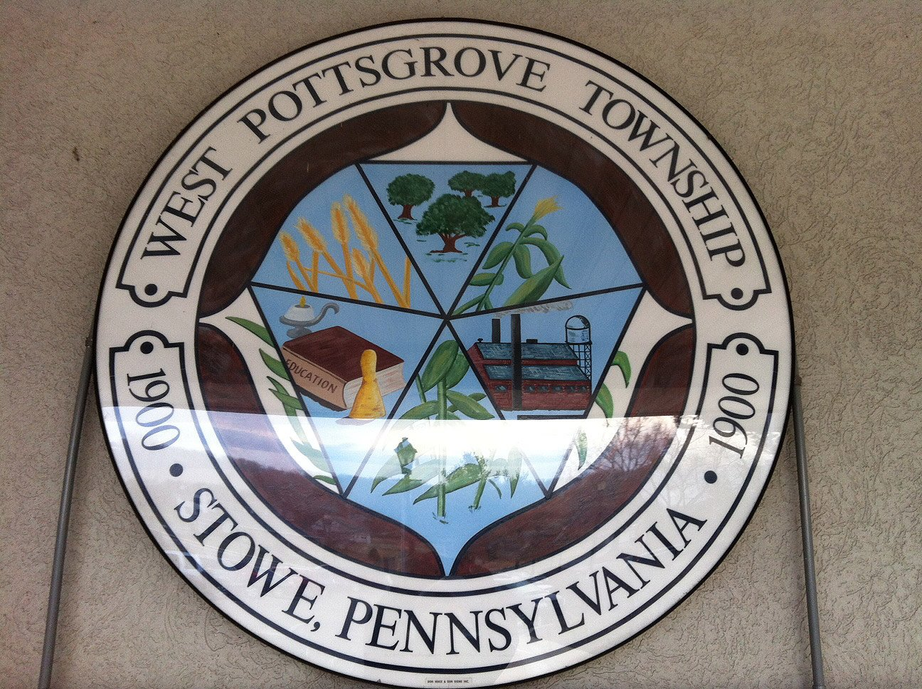 Headed over to the West Pottsgrove Township Commissioners to see what's up. Follow along for live Tweets if you'd like to know too. https://t.co/wh0HPyF4Yo