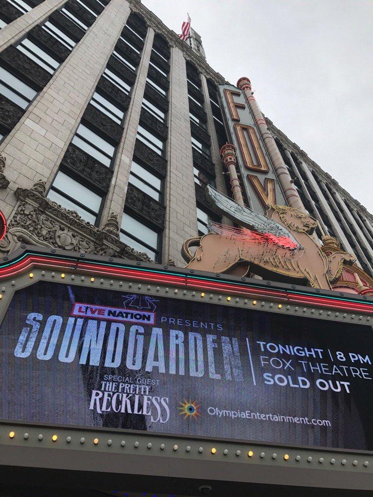#Detroit finally back to Rock City!!!! @soundgarden #nomorebullshit https://t.co/BqXx9veFoD