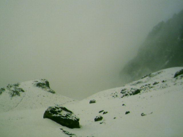Vuelve a nevar en la #CordilleraCantábrica!!! ❄️(📸: #AltoCampoo #CuencaCre #ColladoJermoso #RefugioUrrielu)