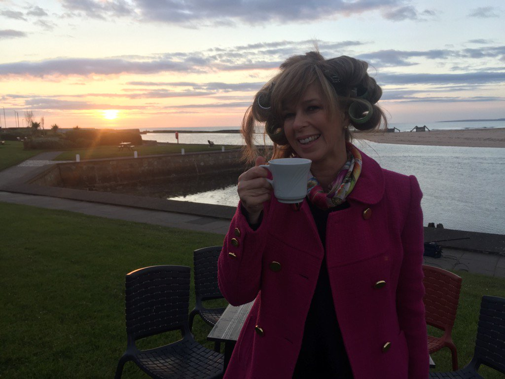 Good morning from #Moray - the curlers are in, the coffee is on! See u at 6 for @GMB 's #BattlegroundBritain https://t.co/qvYrzSMigX
