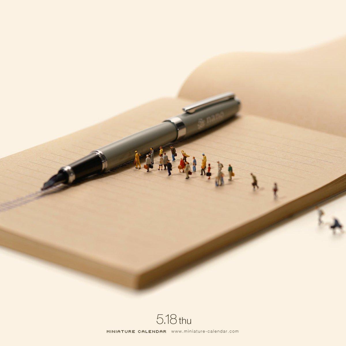 「新パン線に続きまして〜新幹ペンが参ります〜」   #万年筆 #新幹線  ちなみにこの万年筆は今月号(7月号)のDIMEの付録です💡 誌面で私も少しだけ紹介されています。