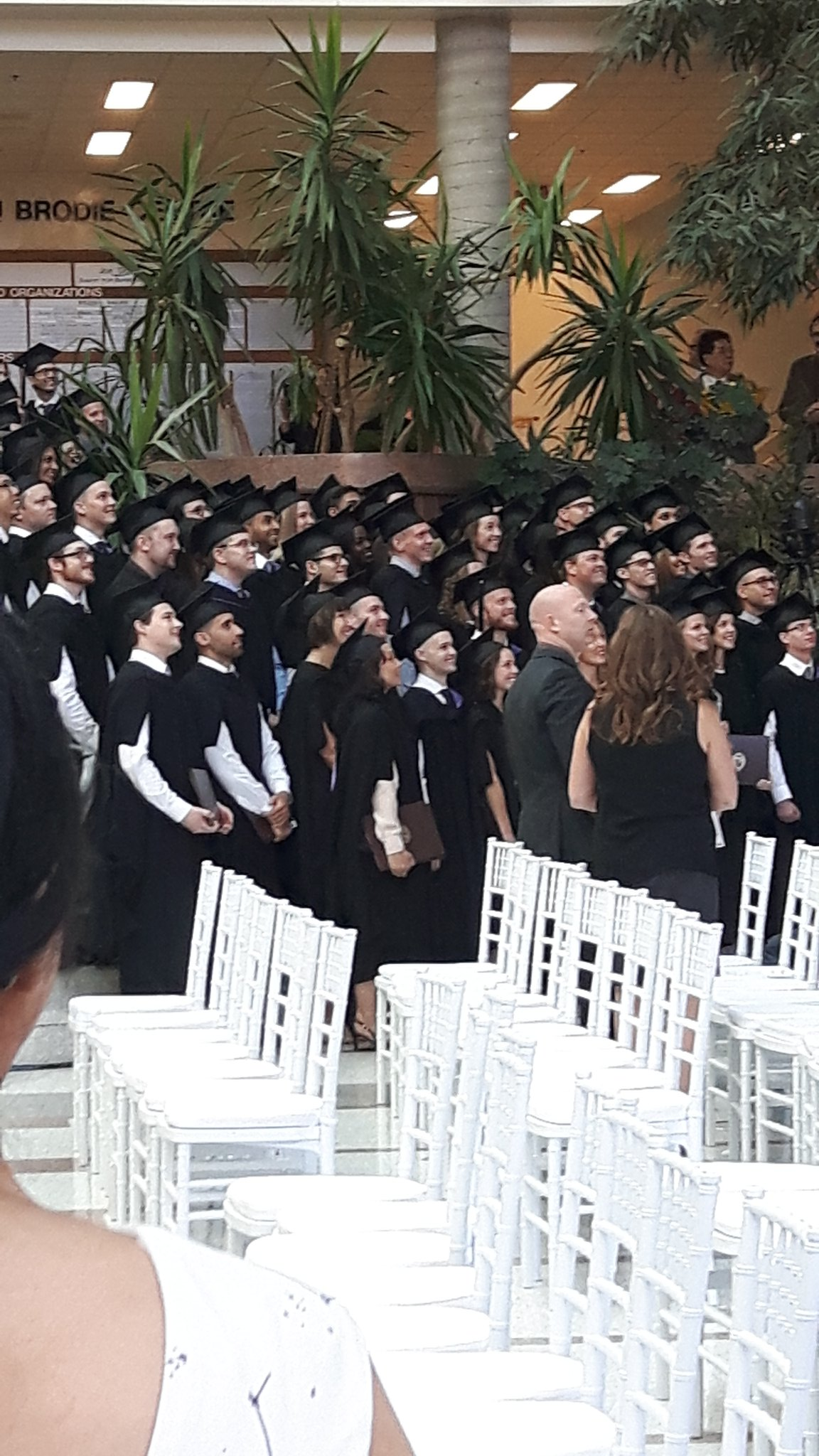 Congrats to the @UM_RadyFHS MD Class of 2017 & all the future neurologists & surgeons! See you at grand rounds! @umanitoba #umanitoba2017 https://t.co/WQhvQHBWuj
