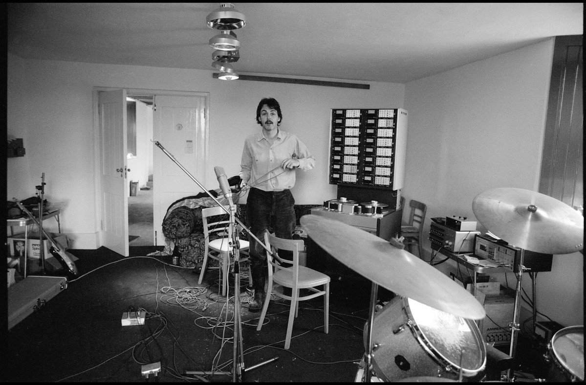 Paul McCartney On Twitter Pauls Studio Set Up In Scotland During Recording Sessions For II Photo By Linda ThrowbackThursday TBT
